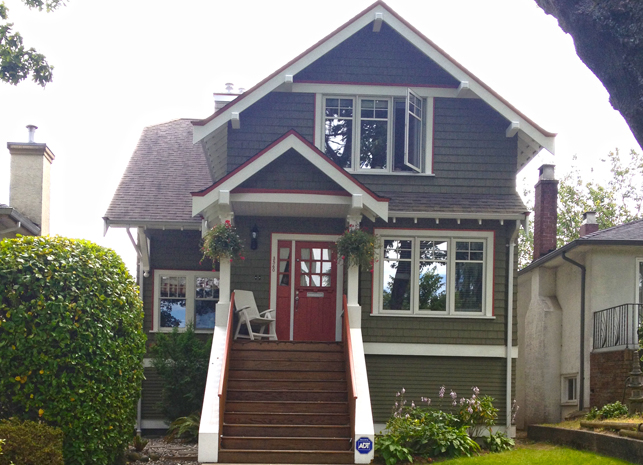 W. 20th: A growing family purchased this bungalow and required a complete upgrade. An addition was added to the front and an entire new level was added to the top. All this while saving the main floor finishes including century old hardwood floors.
